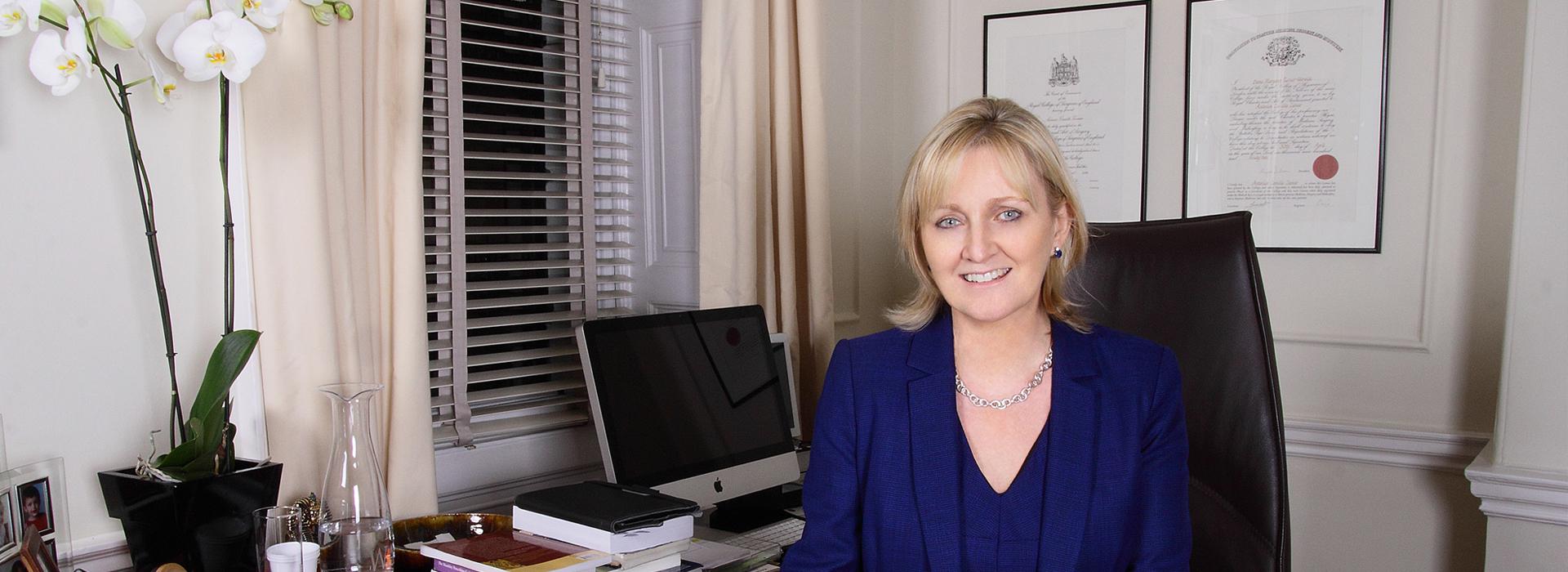 Dr Stephanie Barrett (MB ChB MD FRCP)